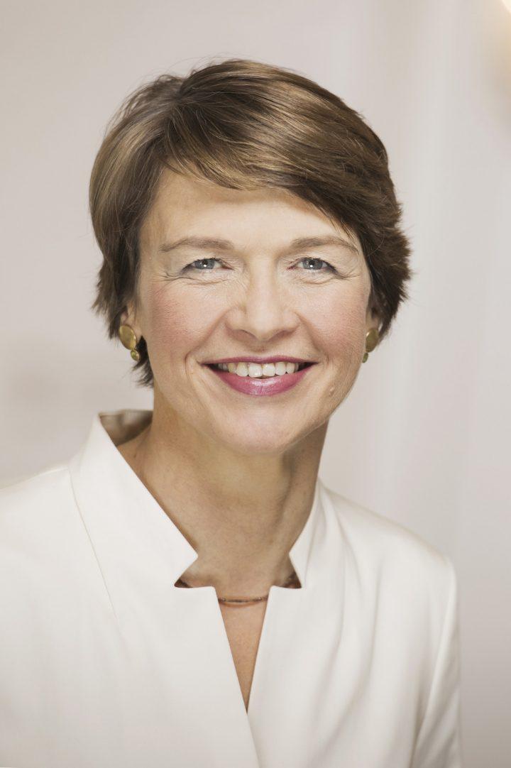 Elke Büdenbender - Offizielles Porträt 2017 - Schirmherrschaft SOD
