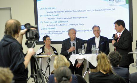 Gesprächsrunde zum Thema Gesundheit mit Mitgliedern des Kuratoriums für die Special Olympics Kiel 2018. (Foto: SOD/Jörg Lühn)