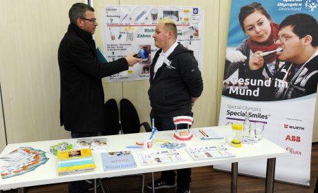 Athletenvertreter Dennis Mellentin im Rundfunk-Interview mit dem NDR. (Foto: SOD/Jörg Lühn)