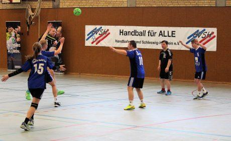 """Handballteams in Aktion beim """"Tag des inklusiven Handballs"""" in Kronshagen. Foto: HVSH"""
