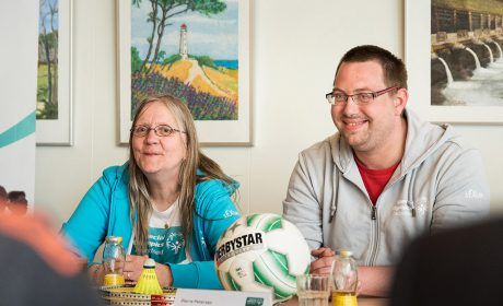 Die Athleten Gaby Fey und Pierre Petersen haben über ihre sportlichen Vorbereitungen einen Monat vor den Special Olympics Kiel 2018 gesprochen. (Foto: SOD/Jan Konitzki)