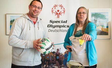 Pierre Petersen und Gaby Fey werden bei den Nationalen Spielen 2018 in Kiel im Fußball und Badminton an den Start gehen. (Foto: SOD/Jan Konitzki)