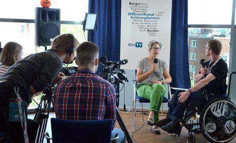 Interview mit dem Offenen Kanal Schleswig-Holstein in der Sparkassen Arena am 17. Mai: (Foto: SOD)