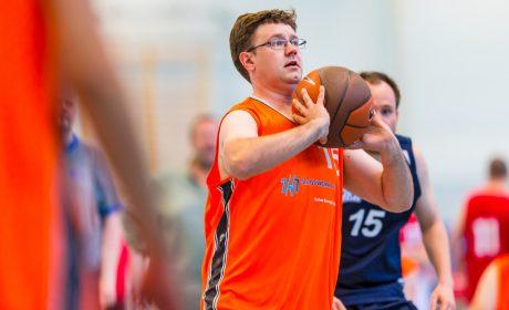 'Gesicht der Spiele' Christoph Bertow spielt für für die Eiderbaskets (Nr. 15 Christoph. (Foto: SOD/Sascha Klahn)