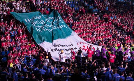 'Unser Wunsch: Special Olympics Weltspiele 2023 in Deutschland' - die Athletinnen und Athleten tragen diesen Wunsch bei der Eröffnungsfeier einer breiten Öffentlichkeit vor. (Foto: SOD/Jo Henker)