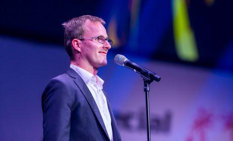 Sebastian Kröger spricht den Eid der Athleten. (Foto: SOD/Sascha Klahn)