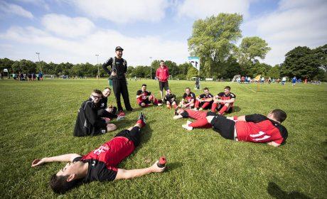 Kurze Pause des Teams Traditional ESH Werkstätten Mönchengladbach (Foto: SOD/Stefan Holtzem)