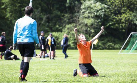 Spieler Unified HPZ Rehasport Irchenrieth mit Torwart Julian Müssing (Foto: SOD/Stefan Holtzem)
