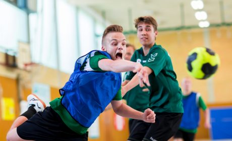 Handball: Marc Jonientz, Schule des Lebens Helen Keller, Kemeth Petersen, TSV Munkbrarup (Foto: SOD/Sascha Klahn)