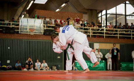 Judo: Caroline Anzinger und Zitta Notter. (Foto: SOD/Jo Henker)Judo, Unified-Kata Wettbewerb: Athletin Caroline Anzinger und Unified-Partnerin Zitta Notter von Harteck München. (Foto: SOD/Jo Henker)