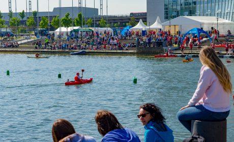 Viele Zuschauer bei den Kanu-Wettbewerbe der Special Olympics Kiel 2018 an der Hörn. (Foto: SOD/Sascha Klahn)