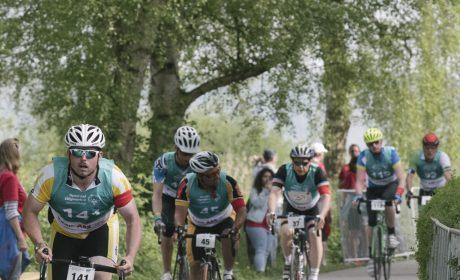 Start des Radfahren Finales '25km Strassenrennen' am Falkensteiner Starnd. (Foto: SOD/Jörg Brüggemann OSTKREUZ)