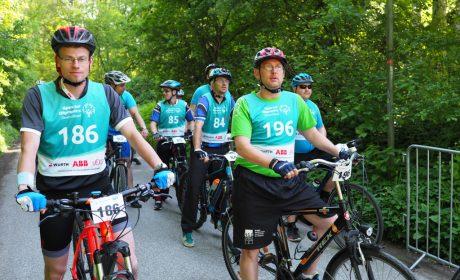 Die Radfahrer warten auf den Start der Klassifizierung-Wettbewerbe.(Foto: SOD/Bernd Kanitz)