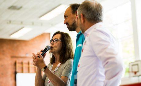 Rollerskating: Brigitte Lehnert, Erste Vizepräsidentin SOD, mit Oliver Lohr und Frank Diesener, Vorsitzender des Länderrates SOD und Vorsitzender Special Olympics Sachsen-Anhalt (Foto: SOD/Sarah Rauch)