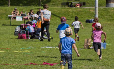 Aktionstag 'Kinder mit an Bord': Schnell zur nächsten Station. Der Aktionstag bot den Kindern ein vielfältiges Angebot. (Foto: SOD/Florian Conrads)